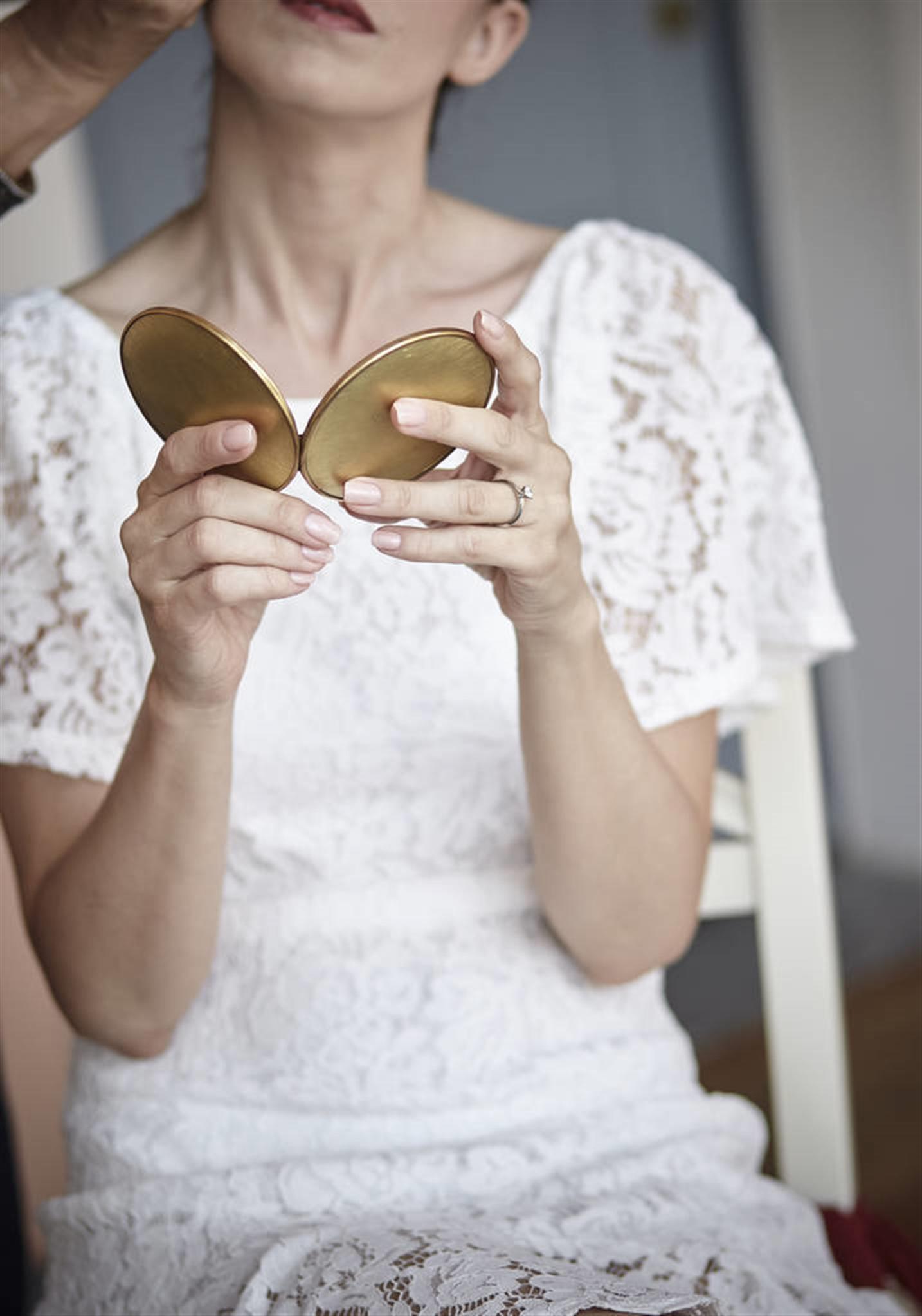 女命八字看有几次婚姻 二婚幸福的日柱