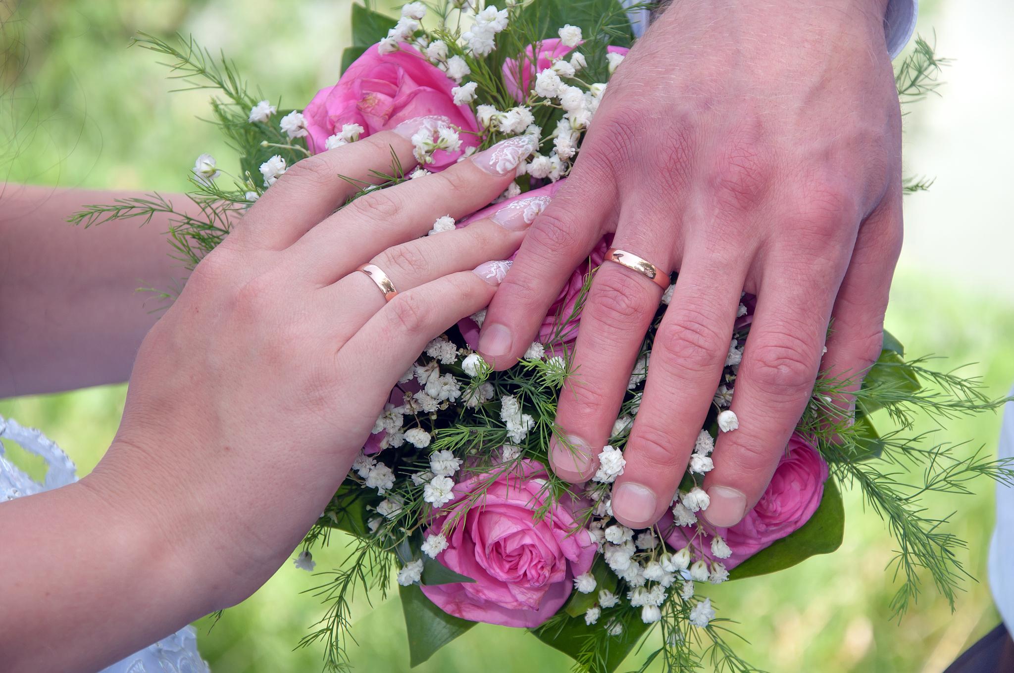 生辰八字算一生姻缘 生辰八字一生几次婚姻免费算