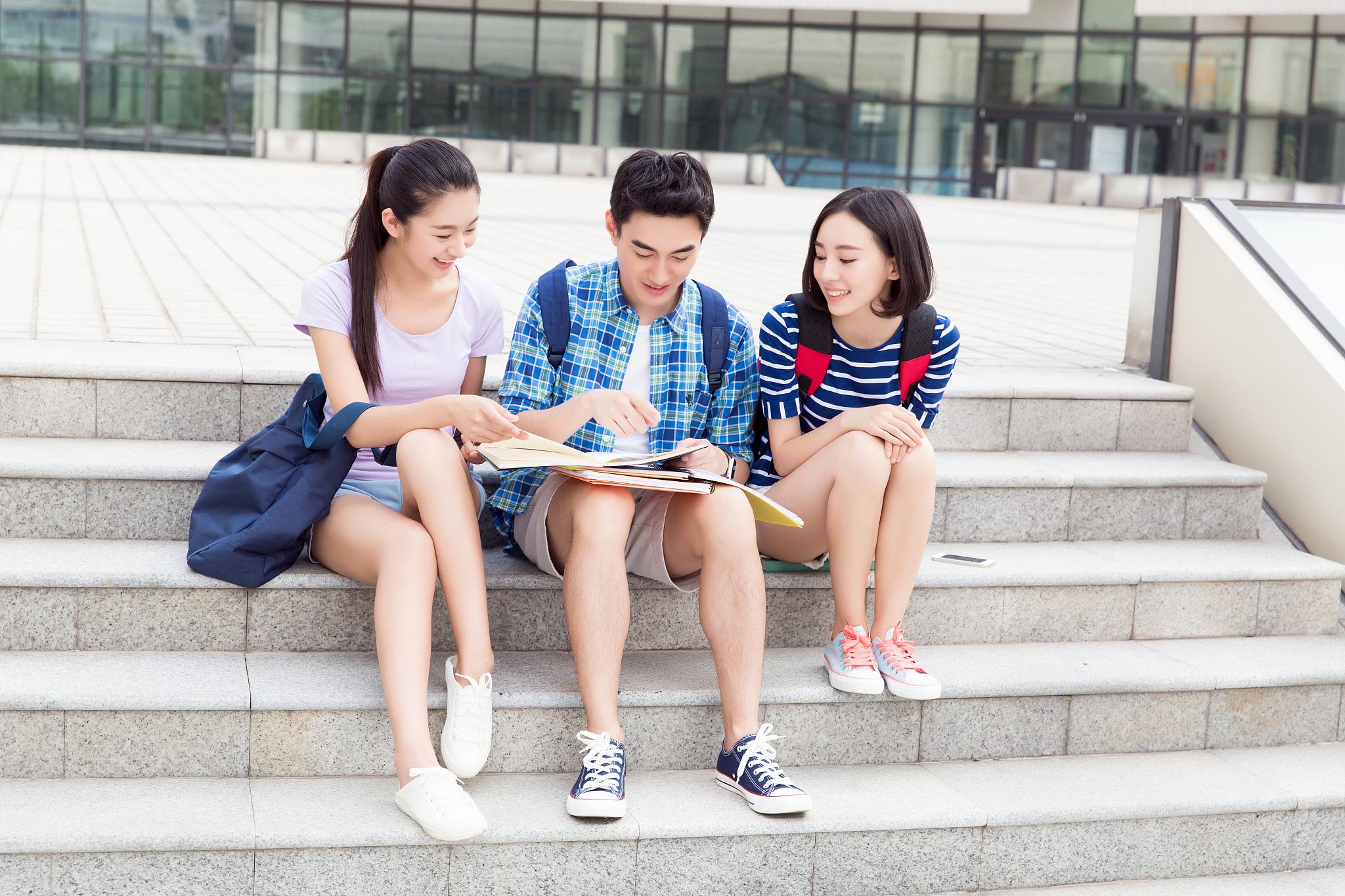 高中家长陪伴成长必须解决的三大难题