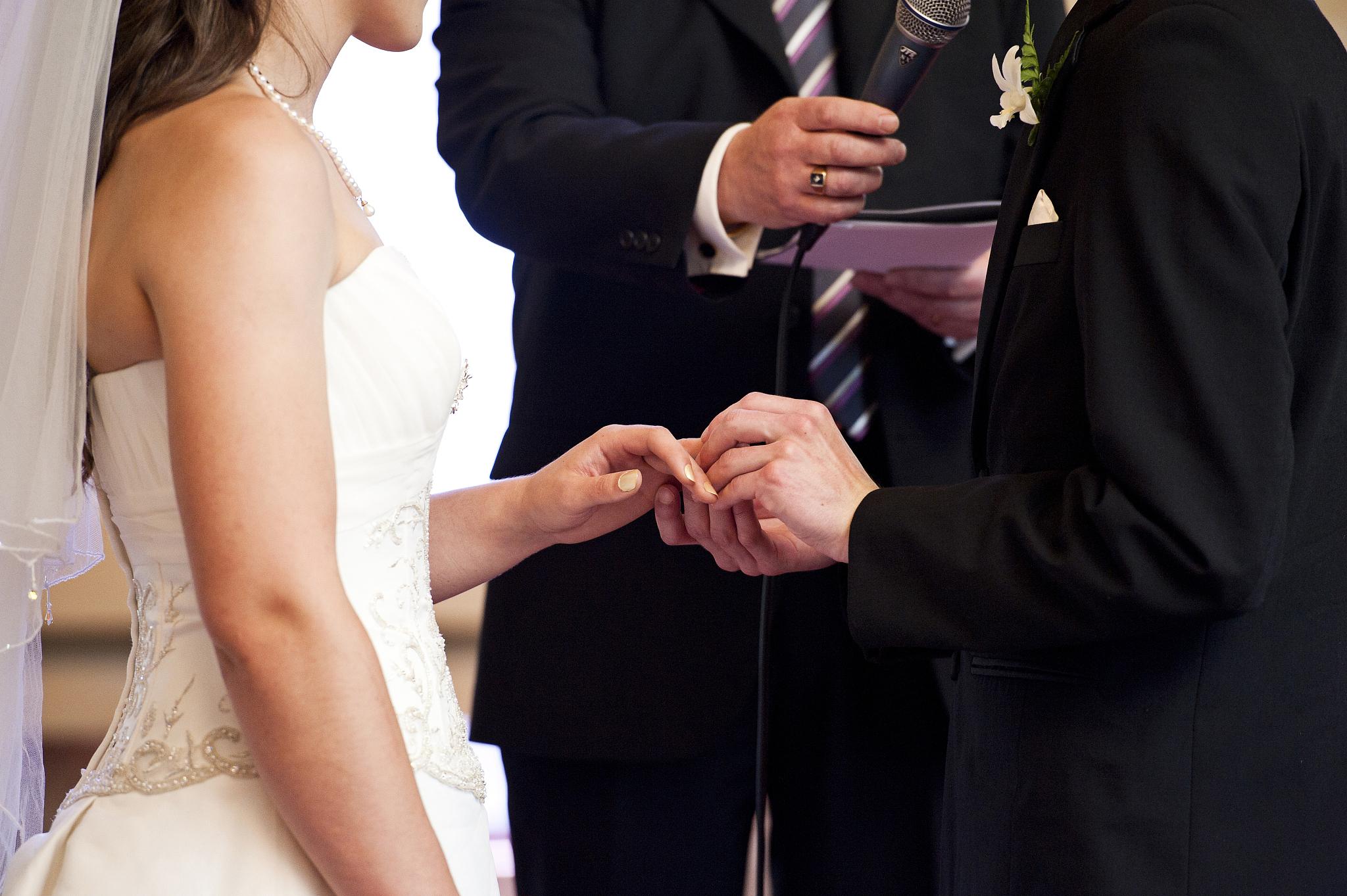 双方生辰八字算命算结婚吉日 男女八字测算结婚吉日