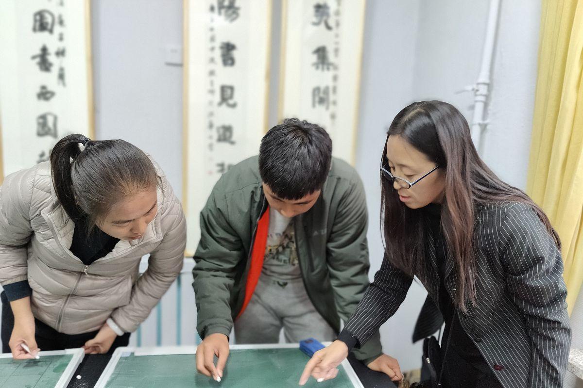 距离春节只剩1周,报名公告还未发布,21年教师省统考又或取消?